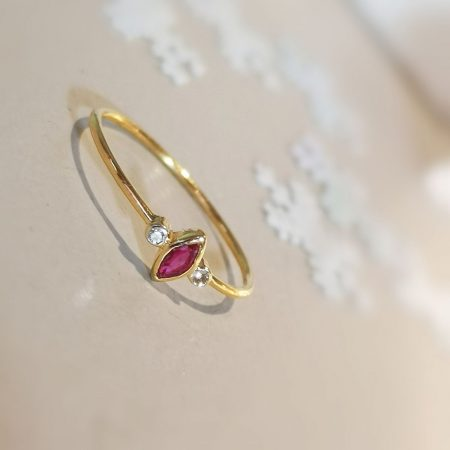 Bague Tiny marquise rubis