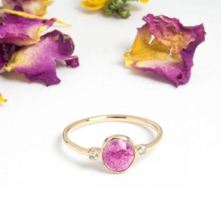 Bague or jaune 14 carats et tourmaline rose
